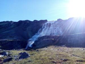 Dynjandi vodopád v celé své obrovské kráse.