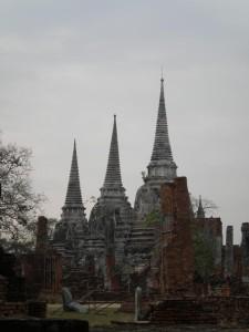 ayutaya-tri-pagody