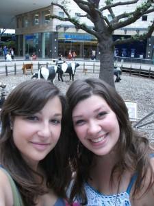 s Marií v jednom z obchodních center. Rok 2010