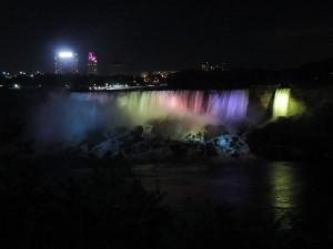 niagarra-falls-night