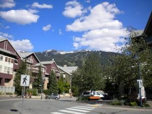 O trošku menší městečko než Banff, ale také útulné.